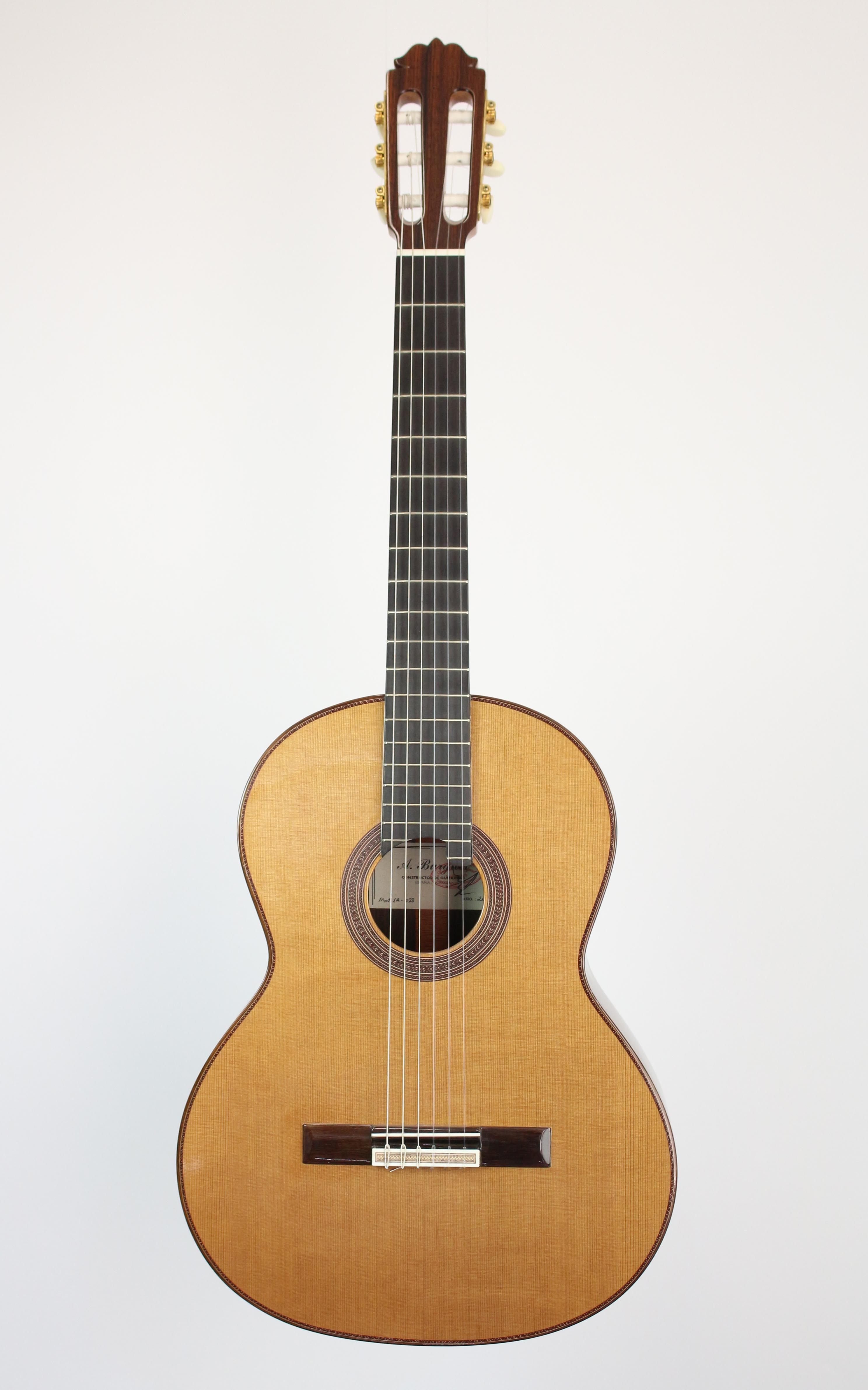 Amalio Burguet - 1A Zeder - Gitarren - Konzertgitarren | MUSIK BERTRAM Deutschland Freiburg