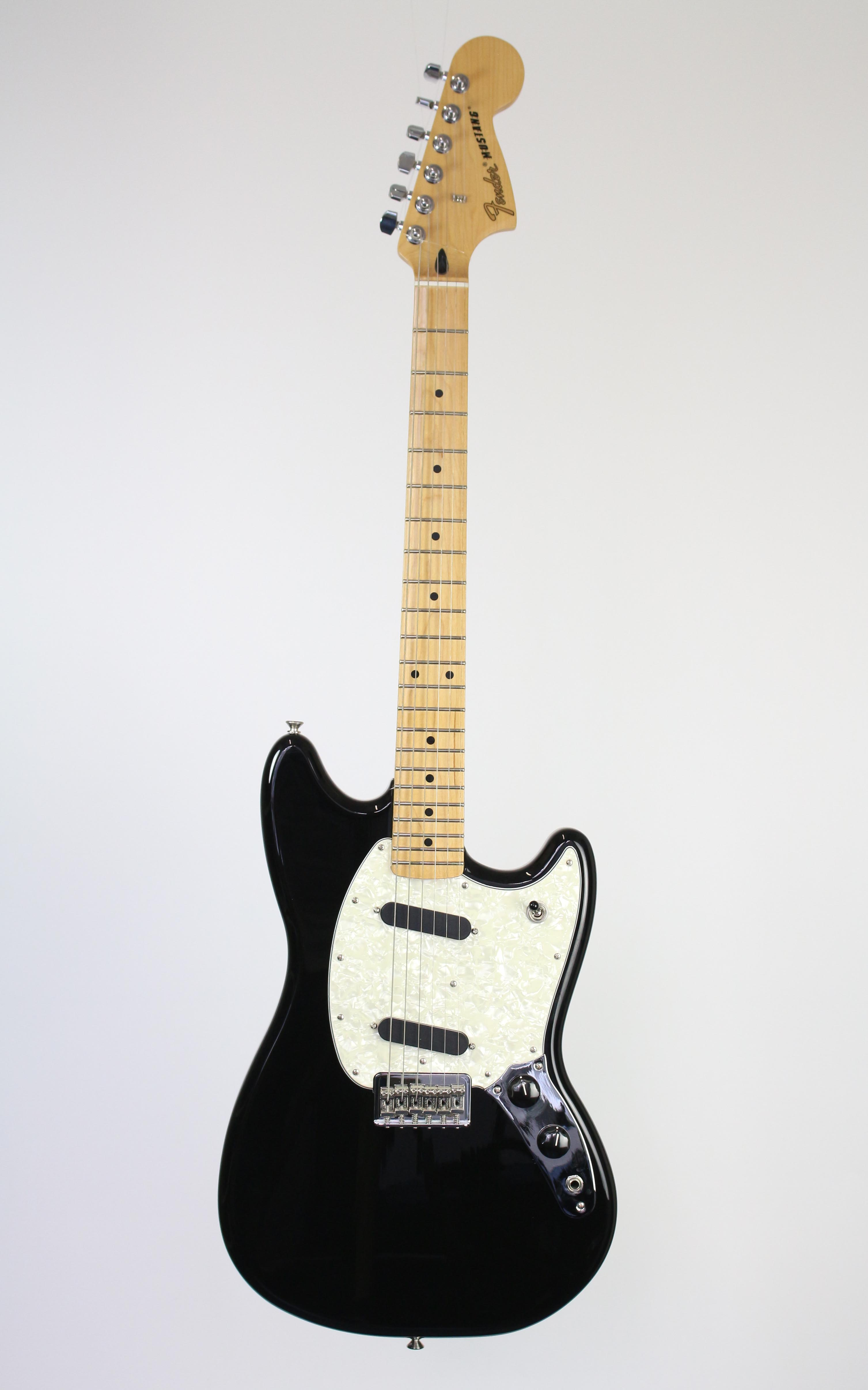 Fender - Mustang MN Black - Gitarren - E-Gitarren | MUSIK BERTRAM Deutschland Freiburg